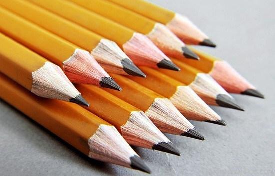 Tả cây bút chì thân thuộc của em