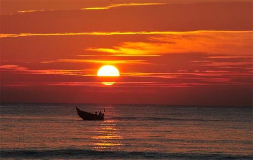 Tả cảnh mặt trời mọc trên biển